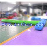 膨脹可能なウォーター・スポーツのゲーム水演劇装置または膨脹可能な空気水カタパルトまたは膨脹可能な水塊または膨脹可能な水ゲーム