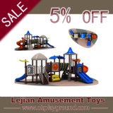 Ce choix s'est avéré heureux Les enfants de la diapositive de l'équipement de terrain de jeu (X1517-7)