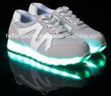 La luz luminosa LED del último flash de los hombres calza los zapatos del deporte del ocio (FF326-4)