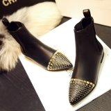 2015 Autumer botas de couro Inverno Botas Curtas Plana Marca Rebites Retro Vintage de calçado de couro Matin calçado S8728, Envio gratuito