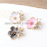 I monili della perla del diamante dei pendenti del metallo decorano il Brooch della collana degli accessori di DIY