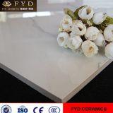 Carrelages glacés par marbre blanc de porcelaine de Carrare de fournisseur de la Chine