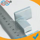 Block-Magnet mit einer runden Wölbung
