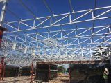 Estructura de acero nuevo entresuelo