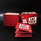 Papel de la cara de gato Naipes en juego de cartas