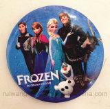 Congelado al por mayor de 44 mm de dibujos animados Pin como insignia, el botón para niños