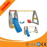 Glissières de plastique de cour de jeu de gosses de matériel de glissière d'enfants