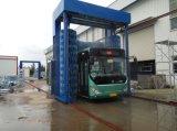 自動バスおよびトラックの洗浄機械