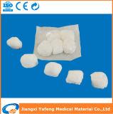 医学的用途のための高い吸囚性のOEMの綿のガーゼの球