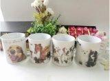 Tazza di ceramica lustrata fuori delle tazze bianche del gres della parte interna e di colore