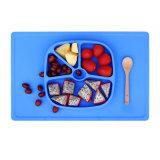 Plaques de dîner spéciales de modèle de la forme 100%Food de silicones carrés colorés de pente pour des gosses/plaques
