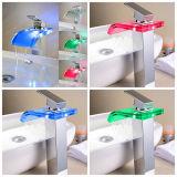 Sensible à la température de 3 LED en verre de la salle de bains de changement de couleur Appuyez sur