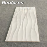 非300*600耐久力のある白い波のカラーラのスリップのタイル、大理石の一見の陶磁器の壁のタイル