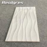De l'onde 300*600 de Carrare tuiles blanches résistantes à l'usure de glissade non, tuiles en céramique de mur de sembler de marbre