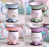 コーヒー・マグ陶磁器の浮彫りにされたカスタマイズされたデザインロゴ