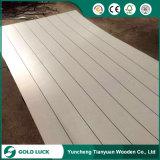 el papel de 1220X2440m m Polyboard sobrepuso la madera contrachapada del poliester de la madera contrachapada