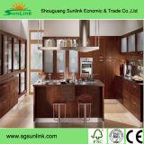 Mobilia della stanza da bagno di legno solido con lo specchio