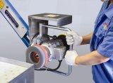Reibender Entgratungsmaschine-Schwingen-Arm-Vakuumtisch