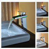 Robinet en laiton de salle de bains à température contrôlée de pouvoir d'eau
