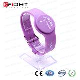 Wristband ajustável da borracha de silicone do preço de fábrica RFID