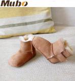 Zapatos de bebé suaves de la cara del invierno australiano doble de la zalea