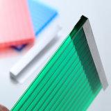 Feuille en plastique de toiture de polycarbonate clair de Xinhai 10mm utilisée pour des parkings