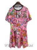 Способ конструктора одевает платье партии женщин флористическое напечатанное