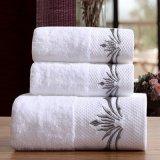 新しいLuxury 32*32cm刺繍されたDiamond Band Face Towel (JRD003)