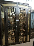 Il portello rustico Wrouht del ferro dell'iarda tir suare il disegno del doppio portello