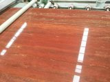 De opgepoetste Rode Tegels & de Plakken van de Vloer van de Travertijn