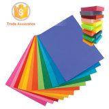 Gefärbtes Farben-Papier