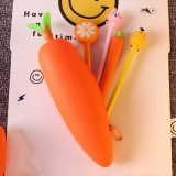 Sac coréen de crayon de tirette d'enfants de poche de crayon d'approvisionnements d'école de sac de crayon de raccord en caoutchouc de dessin animé de postes de papeterie