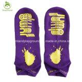 Оптовая торговля высокого качества детского носки с резиновая подошва для батут