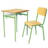 Solo escritorio y silla Conjunto de mobiliario escolar