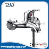 Robinet de baignoire contemporain de bain de chromage de douche de mélangeur en laiton de robinets