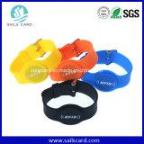 Bracelet fait sur commande de sport d'IDENTIFICATION RF pour l'accès