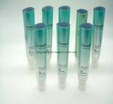 アルミニウムヘア・ブラシが付いている化粧品の顔の洗剤のためのプラスチックによって薄板にされる管