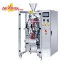На заводе автоматическая машина для упаковки Pack кофейных зерен
