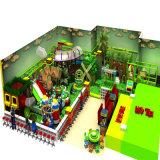 큰 활주를 가진 아이들 오락 장비 숲 주제 실내 운동장