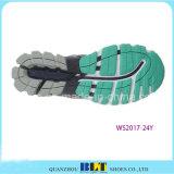 Nouvelle conception des souliers de sport pour les femmes