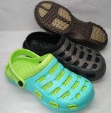 El jardín de la sandalia del deslizador calza los deslizadores de los estorbos de la sandalia (211827723)