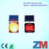 Europa ha introdotto l'indicatore luminoso d'avvertimento infiammante alimentato solare di colore giallo della lampada/LED istantaneo di traffico
