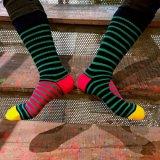 Высокое качество пользовательских колено высокого хлопка в полоску платье носки