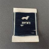 Custom 50d de alta densidad de corte ultrasónico Borde suave etiqueta tejida etiquetas tejidas