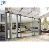 Un style moderne de l'Accordéon pliage en aluminium portes insonorisées tranquille avec le verre trempé
