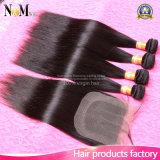 閉鎖が付いているブラジルのバージンの毛閉鎖7Aの閉鎖が付いている加工されていない人間の毛髪の織り方のブラジルの直毛を搭載する4束