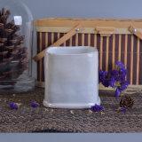 青いブラシの一見の反応Glazing&#160の手塗りの蝋燭ホールダー;