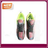 Blingはフットボールのサッカーの人の女性の靴を着色する