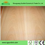 Contre-plaqué de pin de Radiata de qualité supérieur pour des meubles