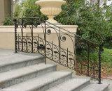 Использовано для крытых и напольных поручней утюга лестницы